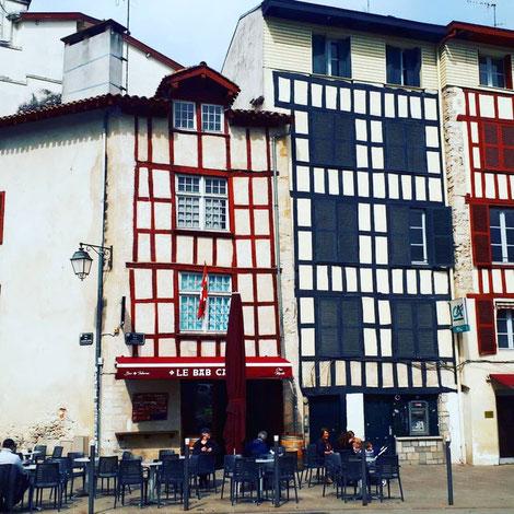 フランス バイヨンヌ 発 現地バスク地方観光ツアー