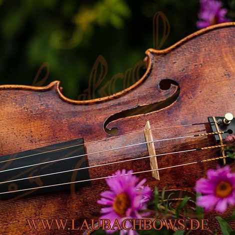 popular  master violin model made in the classic Italian tradition and Cremona school
