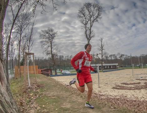 Andreas Vojta 2 Wochen vor der Cross EM in Topform (Foto von der Wiener LM am 18.11.)