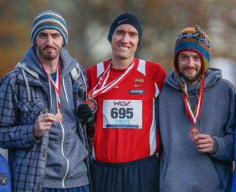 Siegerehrung der Männer-Langstrecke: Philipp Meixner, Andreas Vojta und Clemens Winter