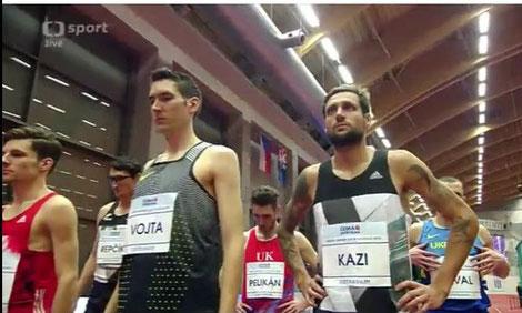 Andreas Vojta vor dem Start in Ostrava neben dem späteren Sieger Tamas Kazi (HUN)