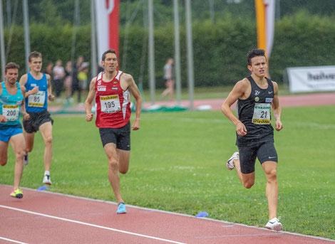 Albert Kokaly wird 1500m-Staatsmeister vor Andreas Vojta
