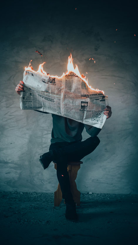 Nachrichten, Informationen, Fake-News, Ablenkung