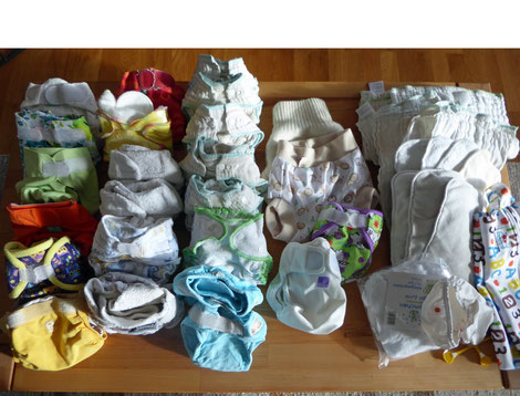 Newbornpaket mit 2 Nachthosen und vielen Höschenwindeln