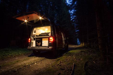 Zusätzliche LED Beleuchtung in der Heckklappe des VanBUS