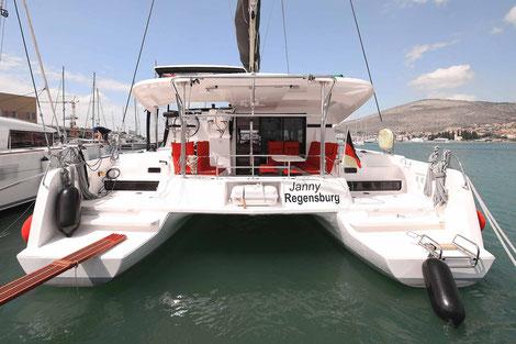 SCT Marina Trogir, Katamaran Lagoon 42, Katamaran Yachtcharter, Katamaran Yachtchartern, Katamaran Mieten, Katamarantraining, Katamaran Charter, Katamaran Chartern, Katamaran Segelurlaub