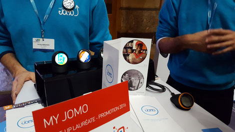 CES Unveiled Paris -  My Jomo Badge connecté
