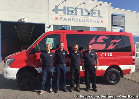 Abholmannschaft bei der Firma Hensel Fahrzeugbau v.l.n.r. Florian Platzer, Pascal Distel, Ulrich Zepf, Kai Penkwitz