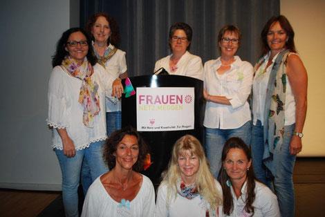 v.l.n.r: Vreny Hofer, Judith Hofer, Susanne Pangerl, Alice Scherer, Franziska Brücker. (untere Reihe) v.l.n.r. Rita Schnyder,  Astrid Hofer, Liz Graber