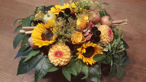Ein Blumenstrauss aus dem Chilbi-Angebot des Frauennetzes.