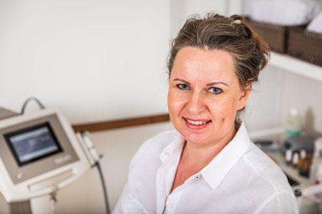 Evelin Emmenegger freut sich als eine der wenigen Kosmetikerinne in der Schweiz die TDA-Behandlung anbieten zu können.
