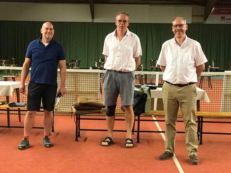 v.l.: Marc Burgholte (2. Vors.), Steffen Rauch (1. Vors.), Frank Harms (ehem. 2. Vors.)