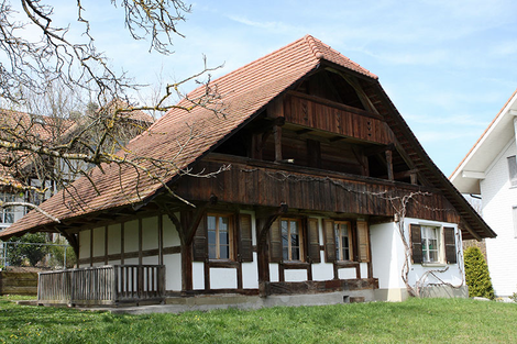 Im alten Kornspeicher finden kulturelle Veranstaltungen statt.                                                                                               ( Fotos:zvg)