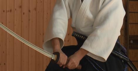 抜刀・居合の作法「さかて」(逆手)の納刀