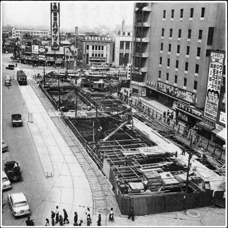 昭和32年 ナンバ地下センターがオープン(写真提供:道頓堀商店会)