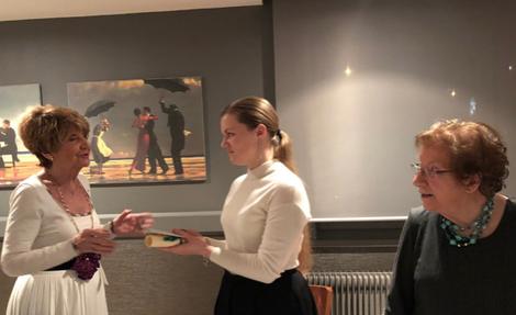 Jacqueline Bourgeois, Vice-présidente chargée des dossiers de bourse, Elizaveta Korzhova et Marie-ClaireHamard, Présidente