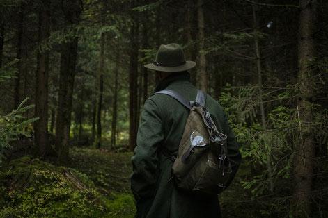 Jäger, Autoren und erfahrene Praktiker