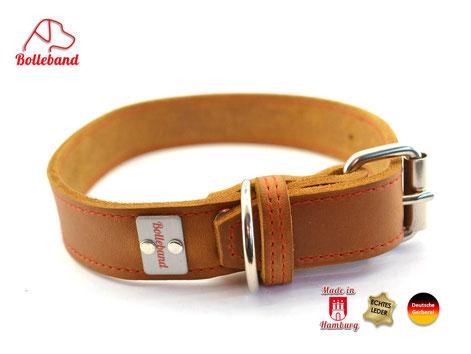 Hellbraunes Lederhalsband mit roter Naht und Edelstahlschnalle von Bolleband