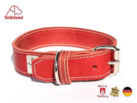 Handgefertigtes Lederhalsband aus rotem Fettleder mit heller Naht aus der Ledermanufaktur Bolleband