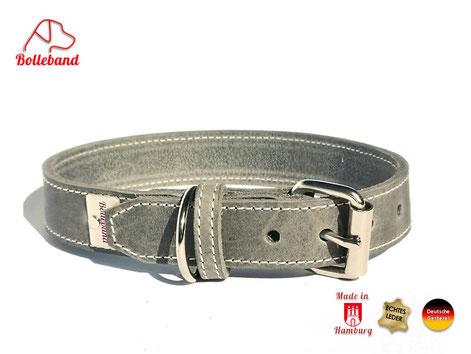 Hundehalsband aus Fettleder in der Farbe grau mit heller Naht von Bolleband