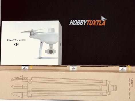 Phantom 4 RTK incluye el dron con módulo RTK, base terrestre DRTK2 GNSS y un trípode para la base, cómpralo con nosotros