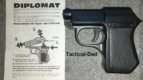 Diplomat Reizstoffpistole mit Schiebesicherung an der Seite.