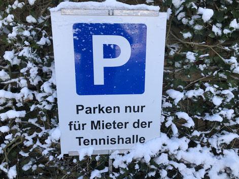 Parkplätze direkt an der Wankendorfer Tennishalle