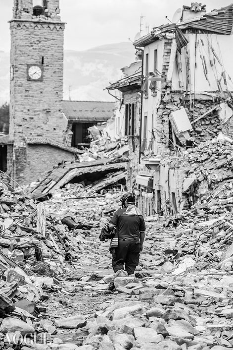 """""""WORDLESS"""", Amatrice - Terremoto Centro Italia: Per Non Dimenticare ~ Selezionato PhotoVogue Italia by VOGUE. © Luca Cameli Photographer"""