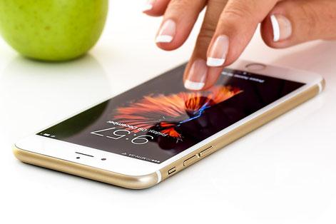 Disinfetti il tuo cellulare?