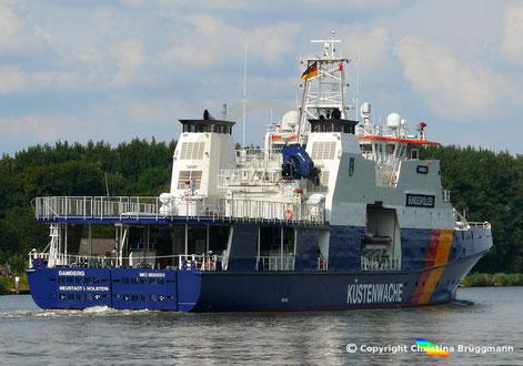 BAMBERG, Einsatzschiff der Bundespolizei auf dem Weg in die Ostsee