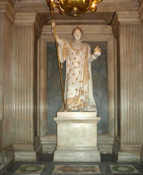 Napoleon's statue,Les Invalides, Paris _ Photo taken by Anthony Zois - 2010