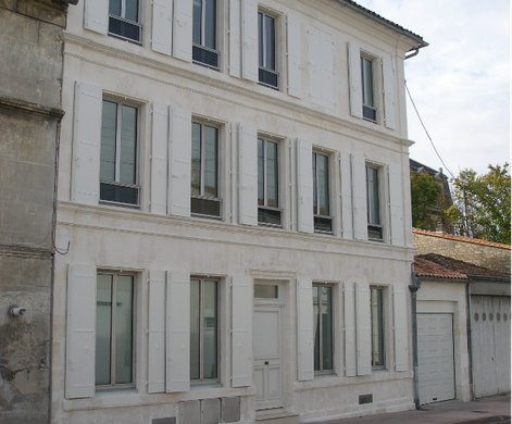 Ravallement de façade en pierre en Charente 16