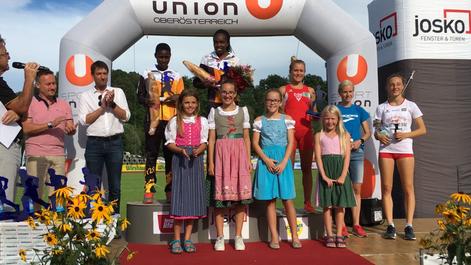 Track Laufmeeting Andorf Julia Mayer 3000m 3. Platz Josko int. Laufmeeting