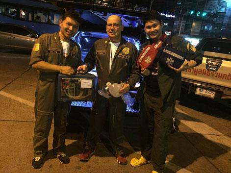 Spendenübergabe in Bangkok