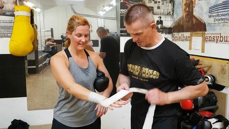 Boxen Fighting Boxtrainer Trainer Anfänger Bandagieren