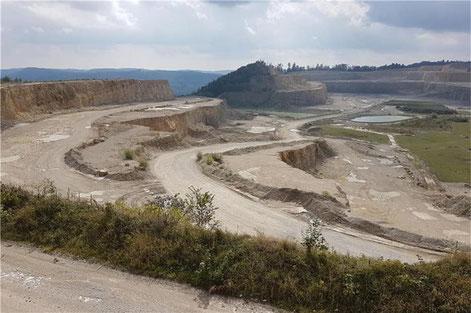 Steinbrucherweiterung auf dem Plettenberg in Dotternhausen: Landratsamt setzt Holcim Frist