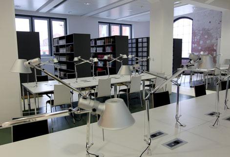 Lesesaal. Bild: Stadtarchiv Stuttgart, Franziska Kraufmann.