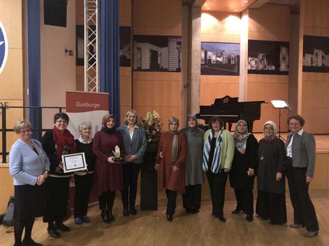 """Anfang 2020 war die Initiative """"Frauen aller Länder laden ein"""" mit dem Preis für Toleranz und Zivilcourage ausgezeichnet worden."""