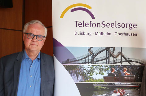 Telefonseelsorge-Leiter Olaf Meier wagt keine Prognose, was an den Feiertagen zu erwarten ist. I Foto: Melina Lucht