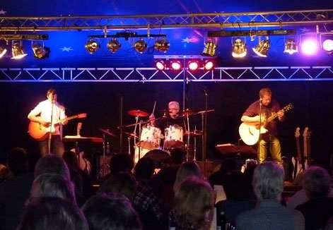 Olles Leiwand, Partymusik und Austropop in Kirchanschöring beim Zelt'ln