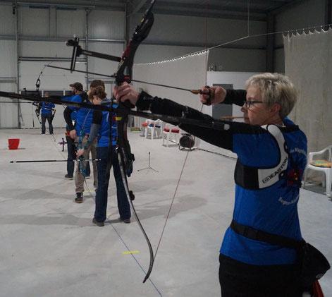 Simone Hinze: Volle Konzentration kurz vor dem Schuss. Foto: Alpha-Report