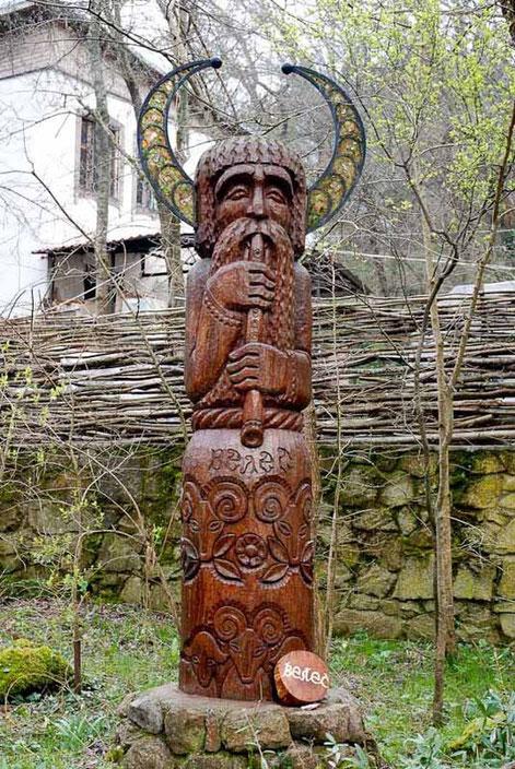 Veles. Zeitgenössische Darstellung in der Ukraine. Quelle: www.slavicsouvenirs.com