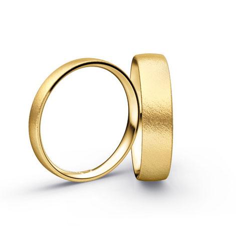 Trauringe aus Gold – wertvolle Lebensbegleiter  Seit Jahrtausenden steht Gold für Exklusivität und Wertbeständigkeit. Hier geht es zur Kategorie: Trauringe Gold. Die Seltenheit dieses Edelmetall macht es umso begehrlicher.