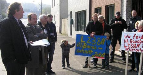 Oliver Wittke und Axel Wirtz unterstützen die Bürger in Pumpe