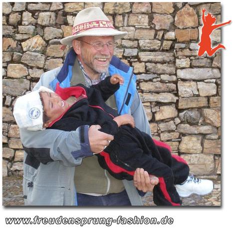 Spendenaktion für Padre Franz Windischhofer ist unser freudensprung der woche