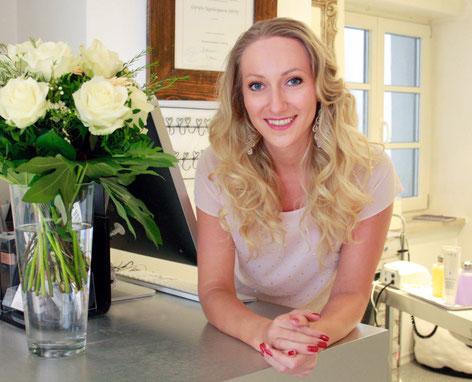 Kamila Pawelec heißt Sie herzlich willkommen bei Nails & More Augsburg