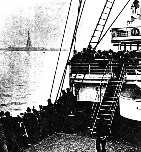 Immigrants arriving at New York