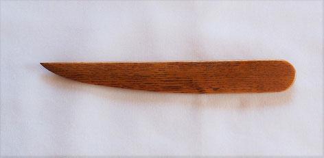 ナラ材のペーパーナイフ 和刀デザインA
