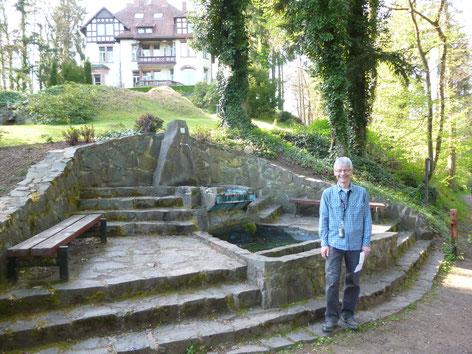 An der Villa Junkerwald beim Würzbacher Weiher in Niederwürzbach, 30.4.17