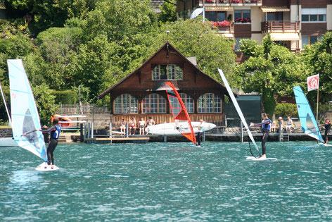 Aufbaukurs-Windsurfschule Badhuus du Lac Gunten